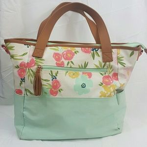 Clould Island Diaper Bag gorgeous floral print!